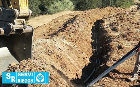 Instalação de irrigação de 20 hectares de amendoeira em Monsaraz (Portugal).