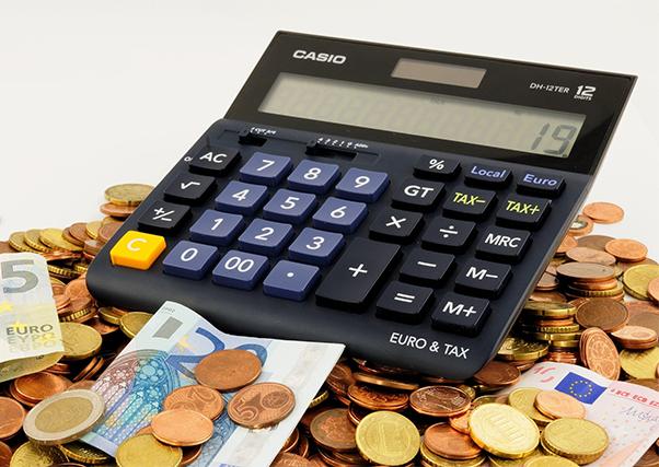 El Gobierno reduce los módulos impositivos del IRPF 2019 para agricultores.